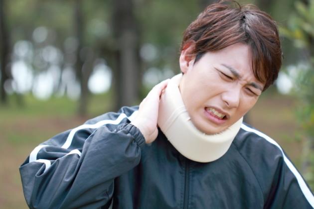 頸椎圧迫骨折の後遺症|重大な症状が残る場合も!?その場合の慰謝料や示談金は?