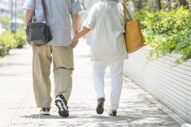 交通事故の死亡慰謝料|高齢者の慰謝料相場は?相場以上の増額事例は?