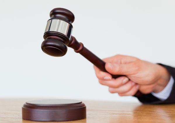 交通事故で起訴される基準 不起訴率はどのくらい?起訴までの流れ・期間
