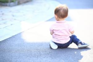 交通事故で赤ちゃんが同乗してたときの疑問|何科の病院が正解?後遺症は?慰謝料は?