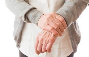 事故で手首を骨折…正しい後遺症等級の認定により適正な慰謝料を受け取ろう!