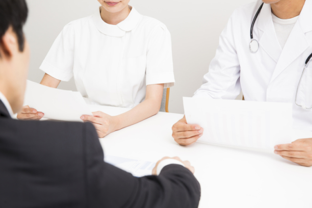 人身事故に対する任意保険からの慰謝料|任意保険と自賠責保険の違いとは!?