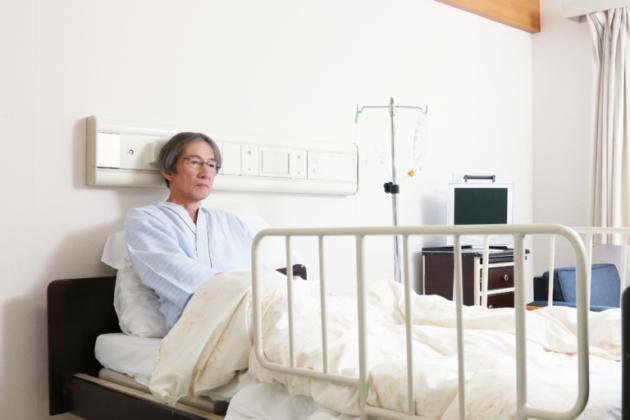 大腿骨頸部骨折・大腿骨転子部骨折の後遺症|症状は?認定の等級や慰謝料の相場とは?